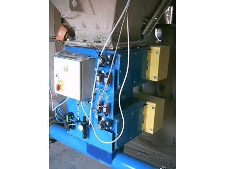 Coating Plant Installed Double Flap Valve with PLC